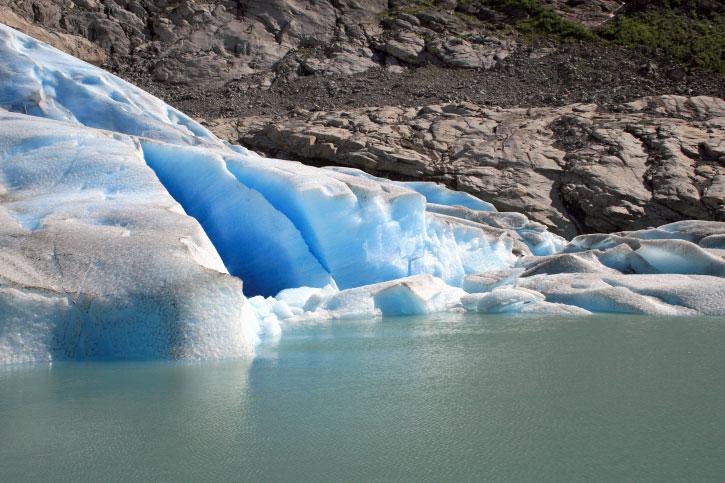 Barren Zone Glacier