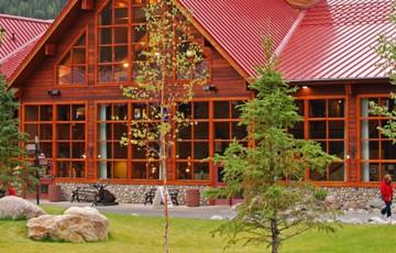 Denali Alaska Wilderness Lodge Exterior